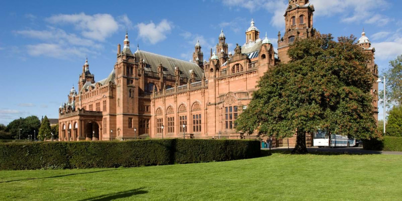 Free day out at Kelvingrove Art Gallery