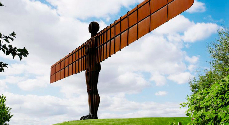 Sunny free day out at the Angel of the North, Gateshead
