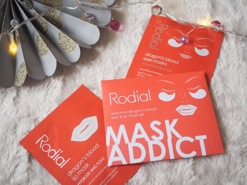 Magazine freebie of Rodial Lip & Eye Mask set, placed on a white fluffy background