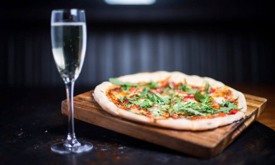 "<span class=""merchant-title"">Stonehouse Pizza & Carvery</span> 