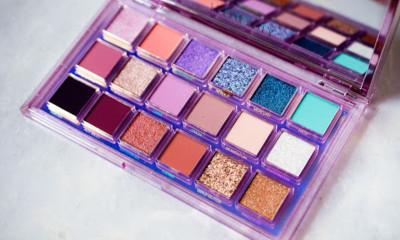 Free Huda Beauty Eyeshadow Palette